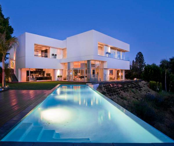 Luxury Homes In Los Angeles: Custom Luxury Home Designs In California