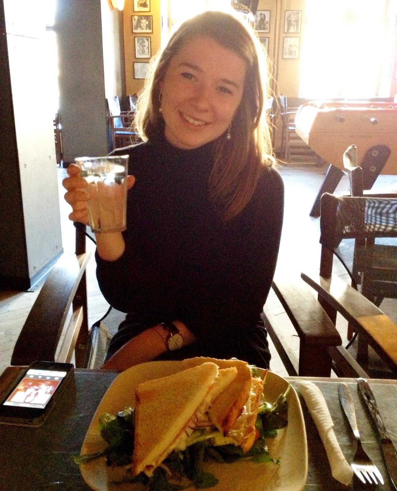 Isabella, Isa-tankestreg, Cafe klaptræet, kultorvet, vi unge, københavn, blogger, bloggers delight, sommer, veninde