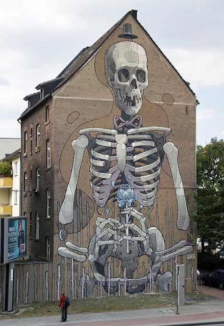 street art by aryz in cologne - sevent most popular mural of august 2013