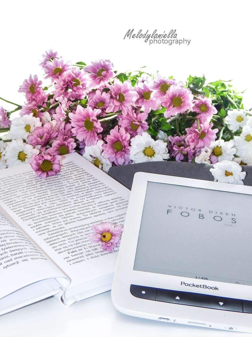fobos czytnik ksiazka kawiaty melodylaniella wydawnictwo otwarte recenzja pocket book ksiazki lektura