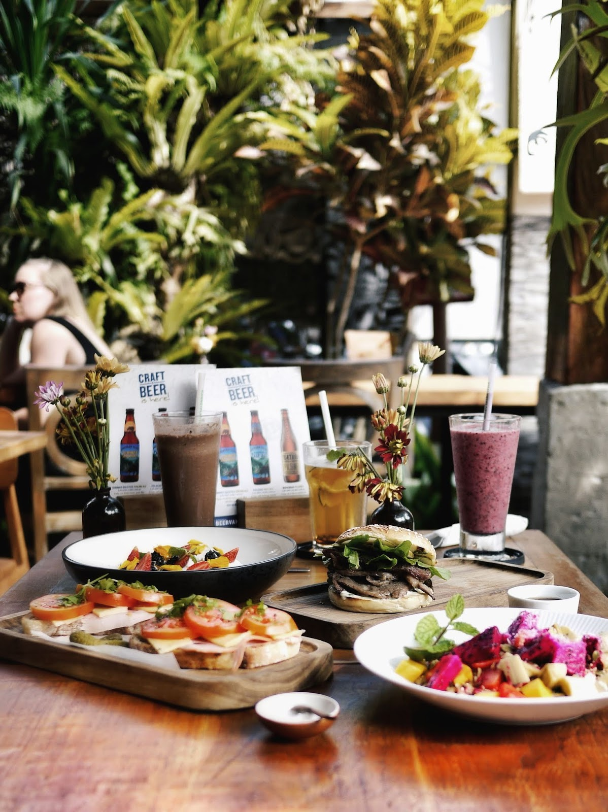famous places to eat in ubud