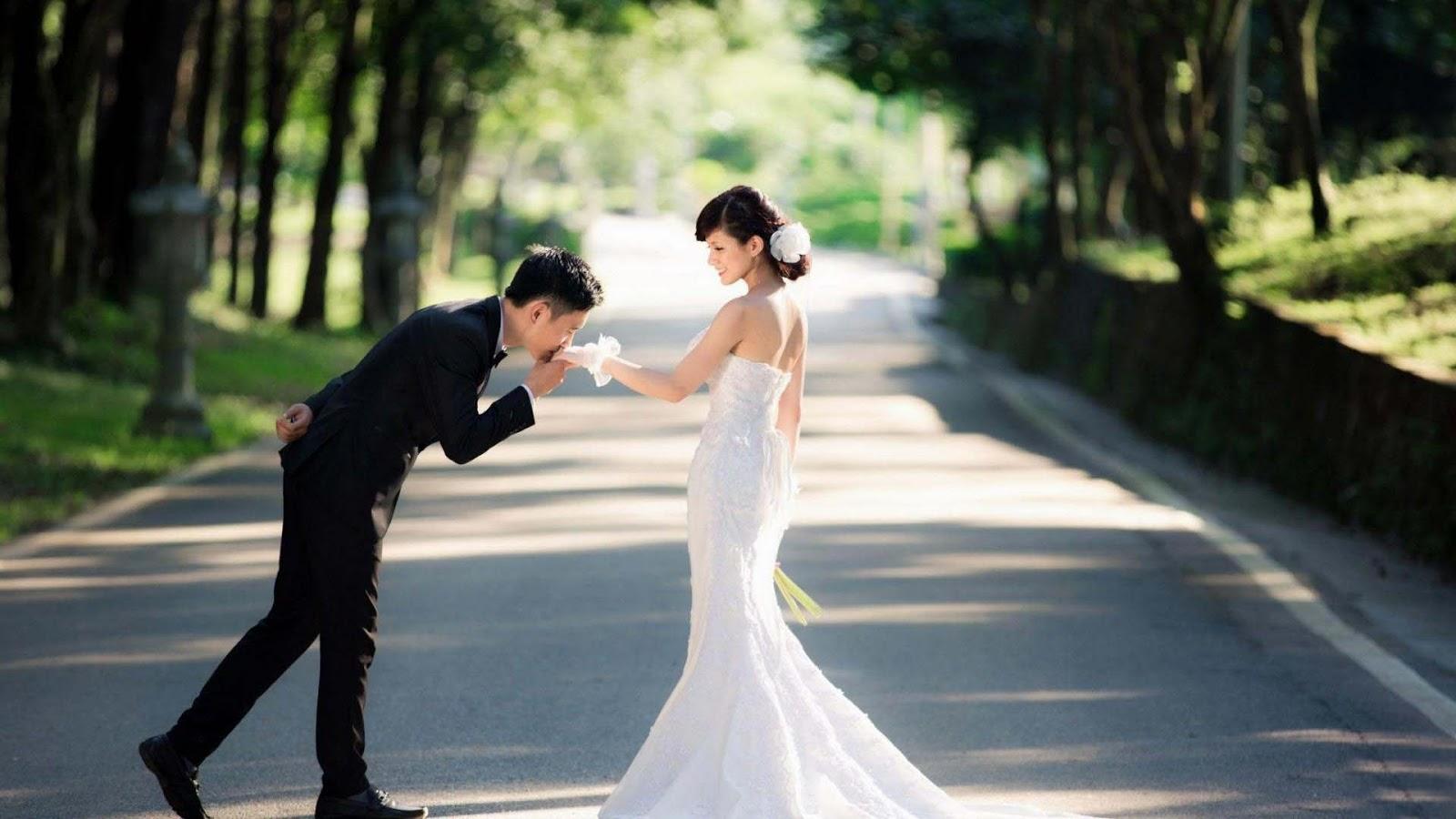 Hot Romantic Lovely Couples  Allfreshwallpaper-2419