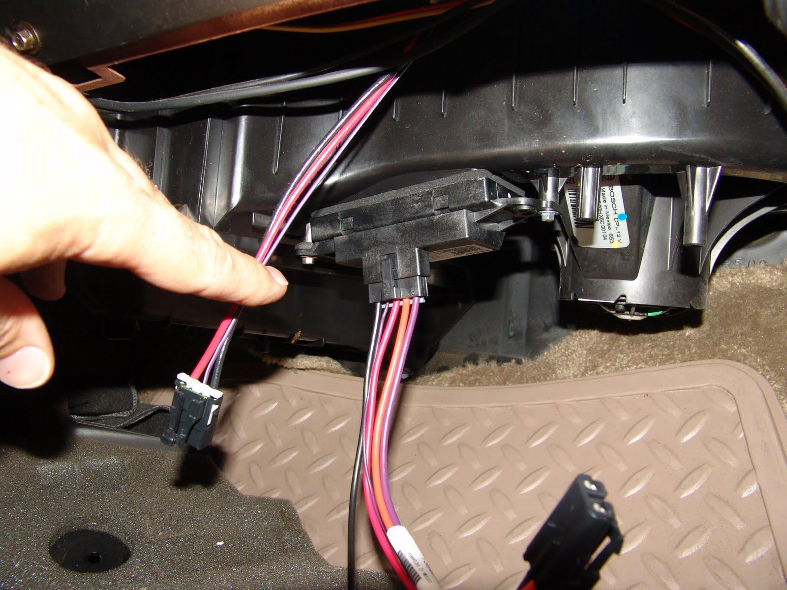 gmc savana 3500 radio wiring diagram gmc fuel pump wiring 2003 chevrolet blazer fuse box #15