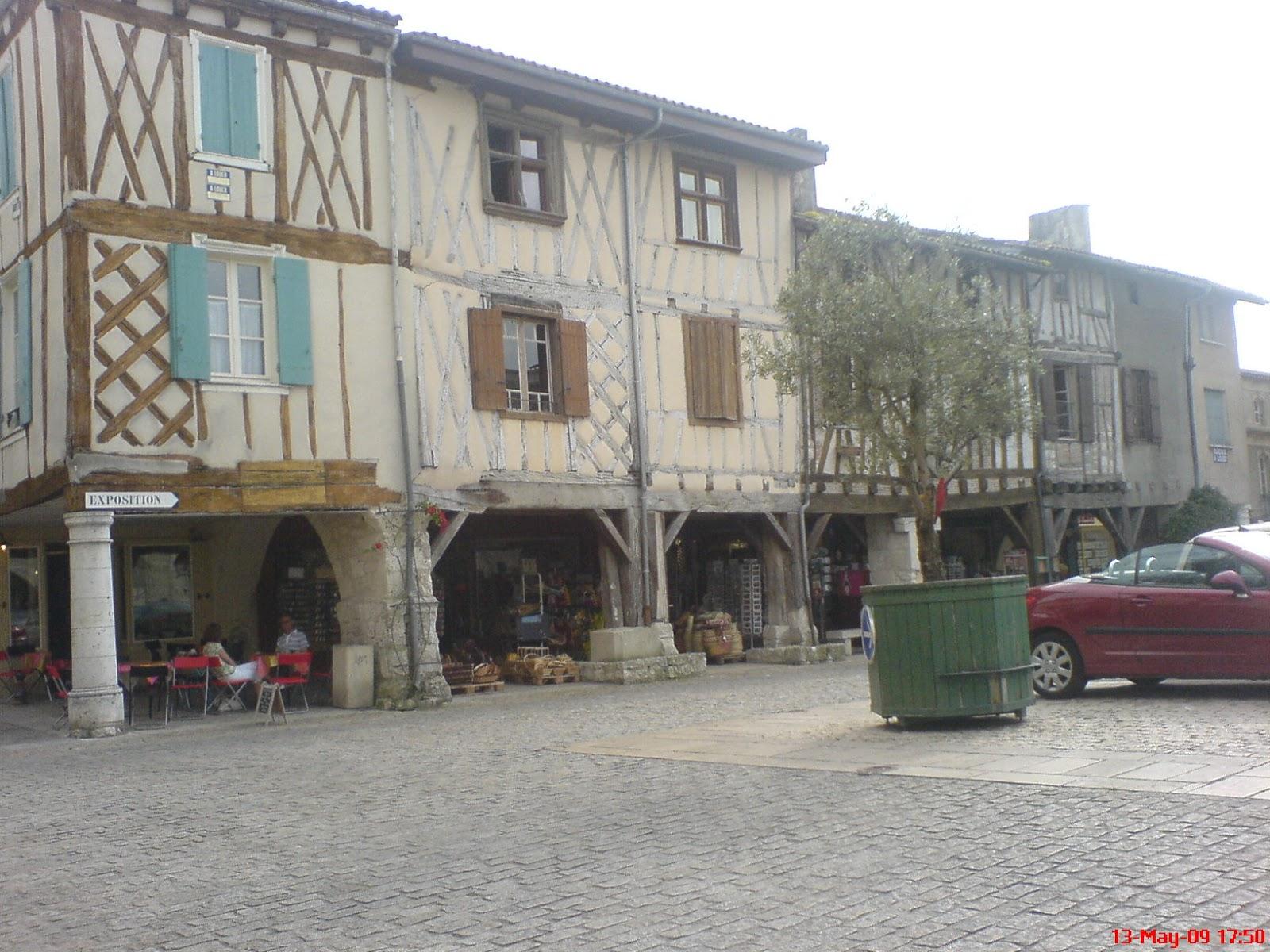 White Lamp Post Villages