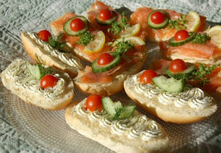 Vegetable Cheese Canape (Sebzeli Peynirli Kanape)