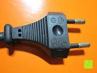 Stecker: LIHAO 5M LED Strip Warmweiß 600 SMDs Band wasserdicht Streifen mit Hohlbuchse+Netzteil DC 12V Trafo Set [Energieklasse A]