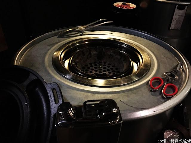 IMG 4221 - 【台中美食】好想念韓國的燒肉啊!!!『一桶韓式燒烤』讓你重溫韓國燒肉的舊夢阿!!!@一桶@韓式燒烤@油桶燒烤@烤蛋@起司@五花肉