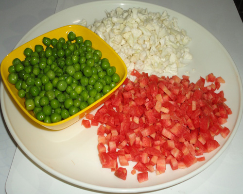 chopped vegetables image