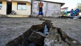 """Los violentos terremotos registrados el 15 y 16 de abril en Japón y Ecuador, que causaron la muerte a cerca de 450 personas, """"no guardan ninguna relación entre sí y se produjeron por fenómenos distintos en capas tectónicas diferentes"""", aseguró el Director del instituto Nacional de Prevención Sísmica (INPRES), Alejandro Giuliano."""
