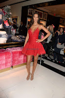 Lais-Ribeiro-Victorias-Secret-Fashion-Show-Celebration--01+sexycelebs.in.jpg
