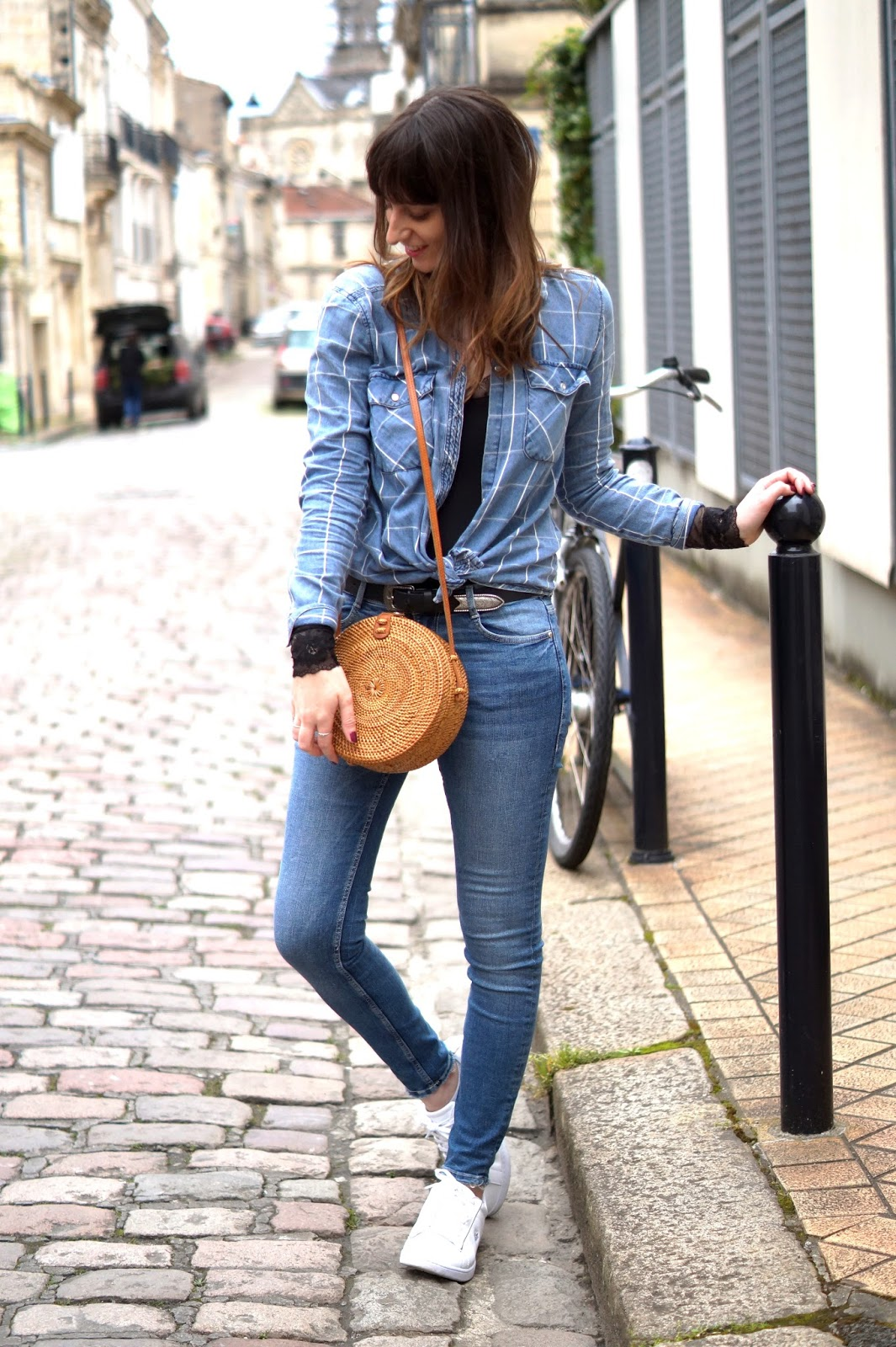 total look jean blog mode bordeaux
