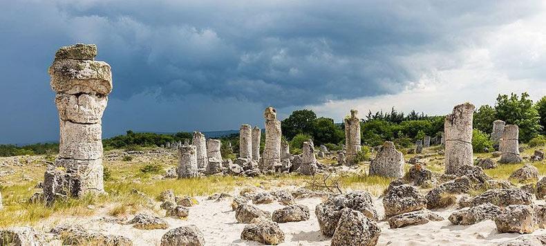 El bosque de piedra Pobiti Kamani | Bulgaria