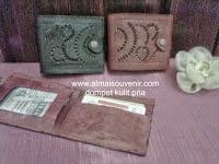 souvenir dompet kulit pria