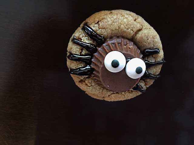 Double Peanut Butter Spider Cookie Recipe - the perfect Halloween cookie treat