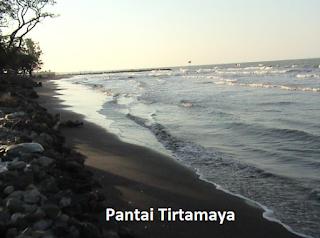 Menikmati Indahnya Sunrise Pantai Tirtamaya