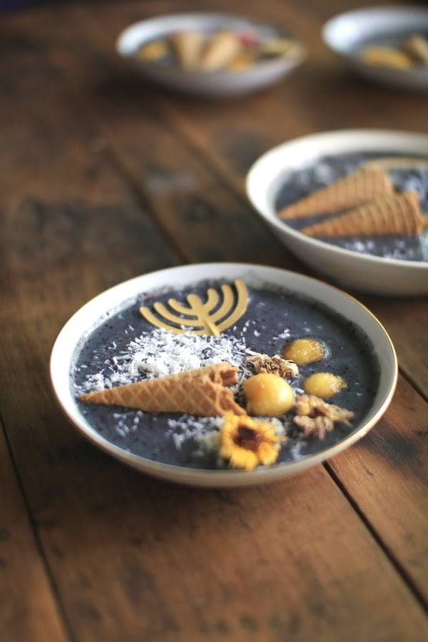 Smoothie Bowl Recipe for the Feast of Trumpets | Land of Honey
