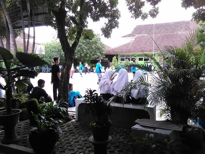 Lomba Classmeeting antar Siswa SMP 1 Banguntapan