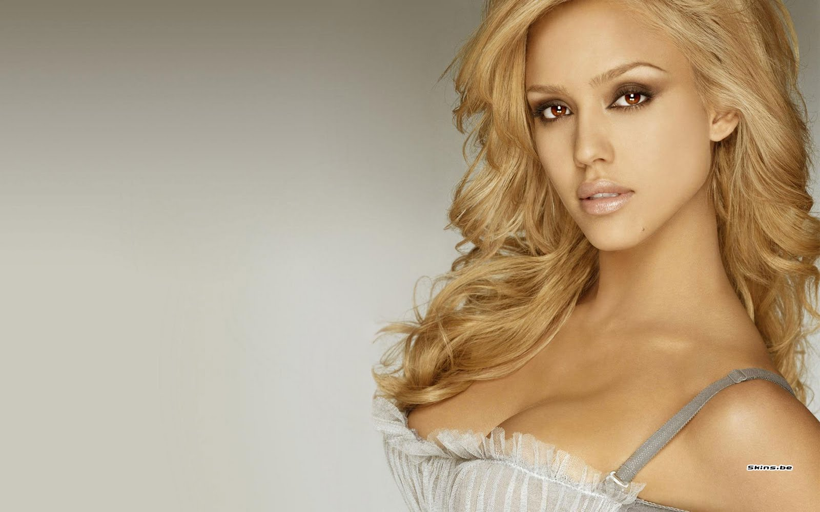 Hot jessica alba blonde 13