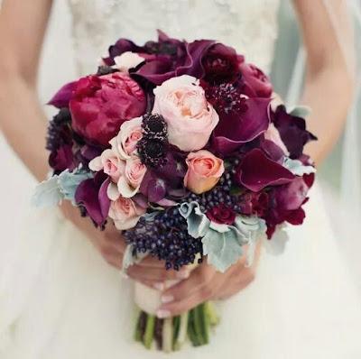http://bodasnovias.com/ideas-para-una-boda-color-marsala-inspirate-con-ellas/11551/