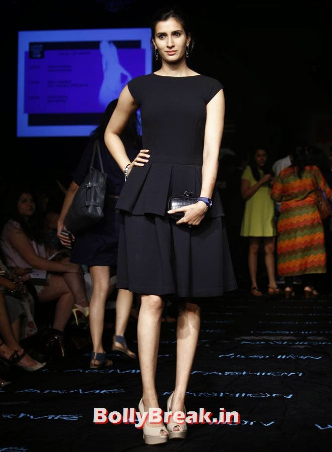 Pragya Yadav, LFW 2014 Pics  - Lakme Fashion Week 2014 Photo Gallery