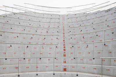 Mengintip Kuil Biksu Terbang Futuristik di Cina