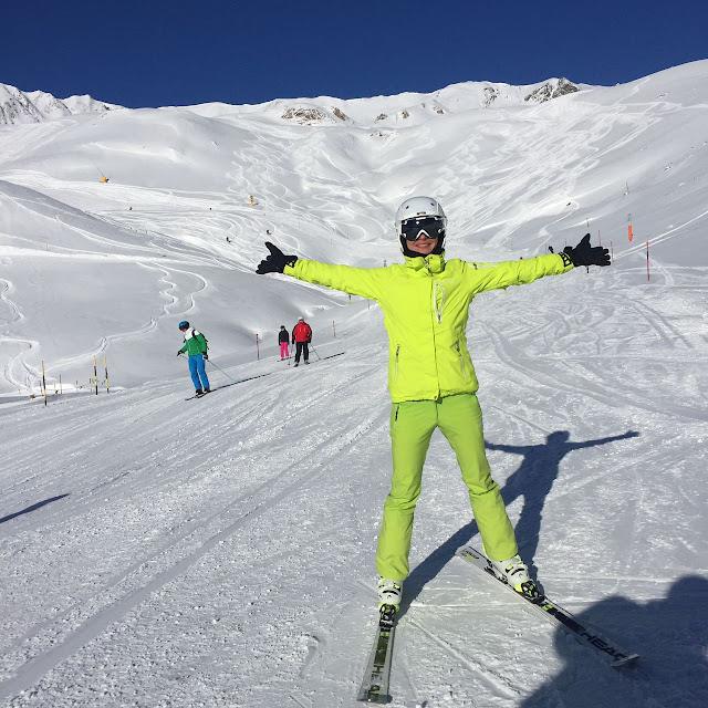 горнолыжный инструктор Лех Санкт Антрон Зеефельд Лермос Зёльден