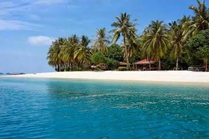 Objek Wisata Pulau Cubadak Padang, Sumatera Barat