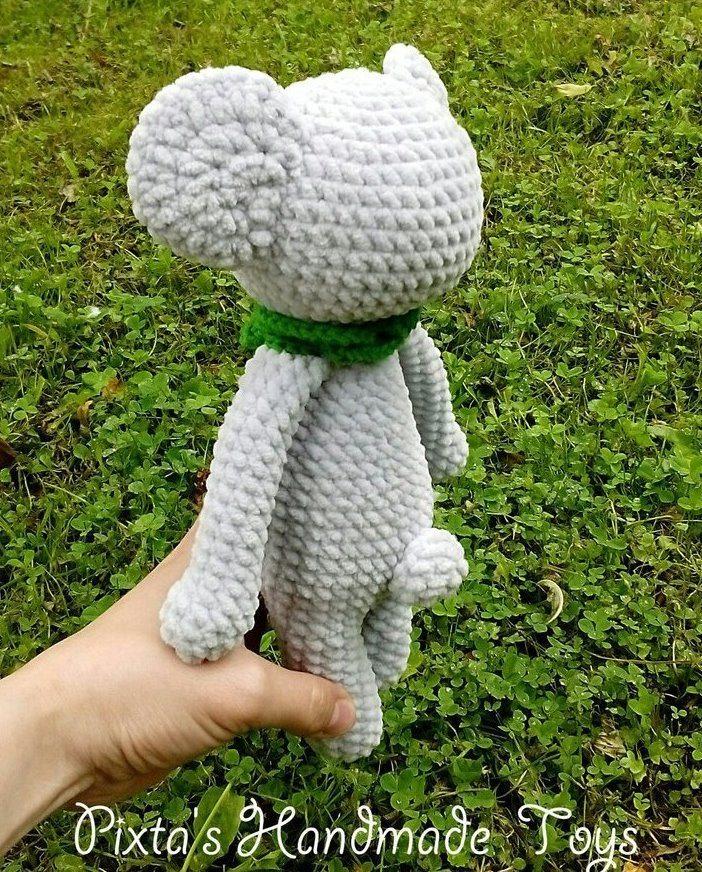 Crochet koala amigurumi plush toy