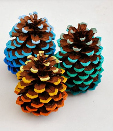 65-Simply-Magical-DIY-Pinecones-Crafts-That-Will-Beautify-Your-Christmas-Decor-Homesthetics-53 30 Simply Magical DIY Pinecones Ideas Interior