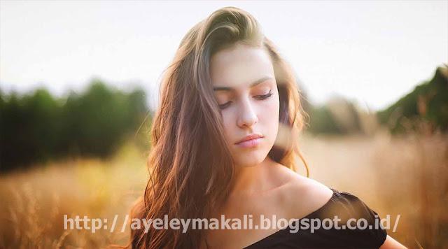 http://ayeleymakali.blogspot.co.id/2017/01/jadilah-wanita-tangguh-dan-mandiri.html