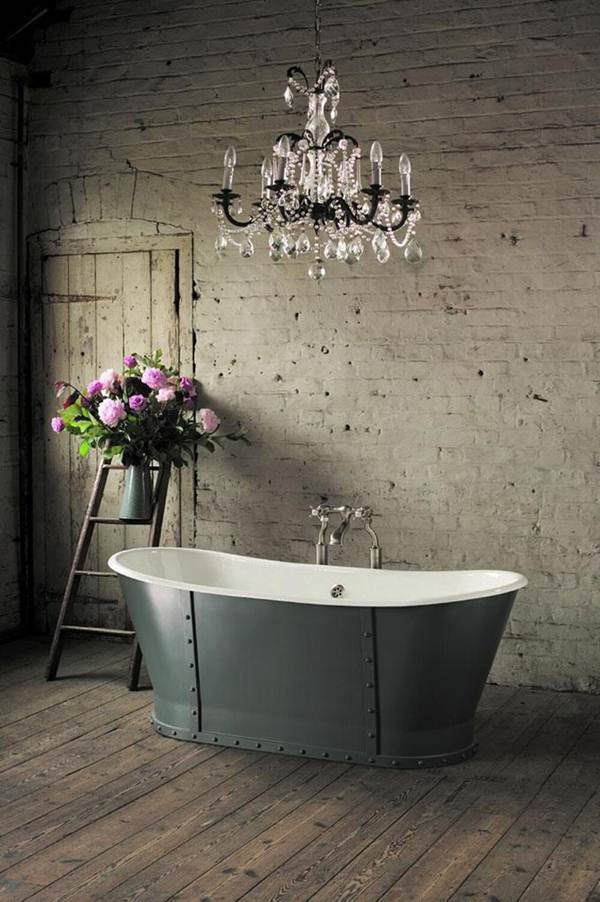 Tips For Getting a Vintage Bathroom 6