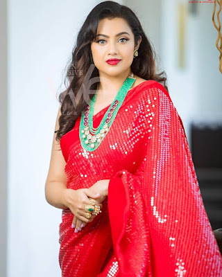 Famous Tamil Actress Meena Latest Gorgeous Stills