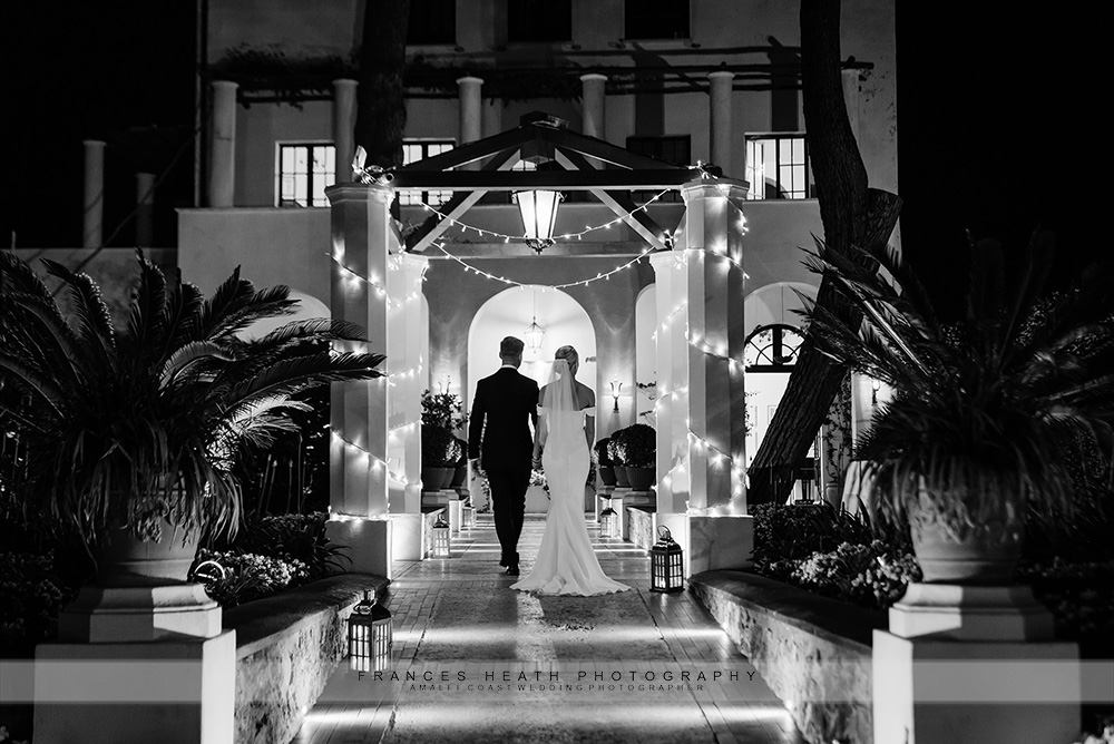 Bride and groom at Villa Eva in Ravello