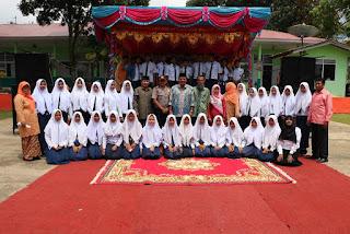Bupati Irfendi Arbi Hadiri Acara Perpisahan Siswa-Siswi Kelas IX SMP N 2 Kecamatan Situjuah Limo Nagari