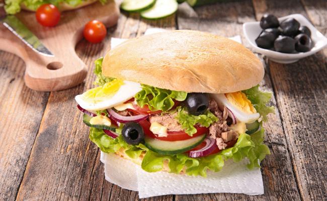 Pain alimenation léger sandwich spécialité sport