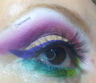 eye_makeup_look_purple_rainbow