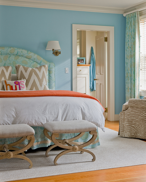 interior design bedroom blue orange tan