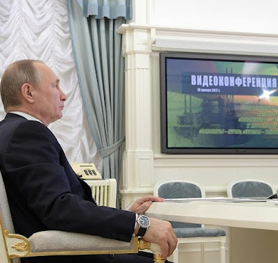 Vladimir Putin videoconference new oil and gas pipelines.