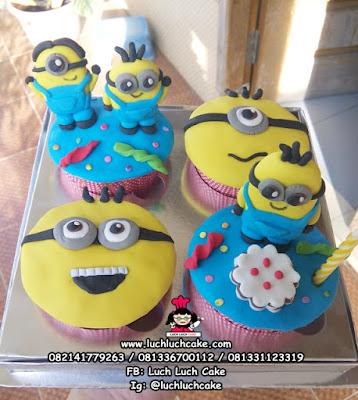 Cupcake Minion Lucu isi 4