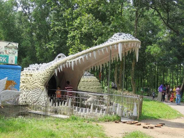 Children's Park Crocodile Entrance