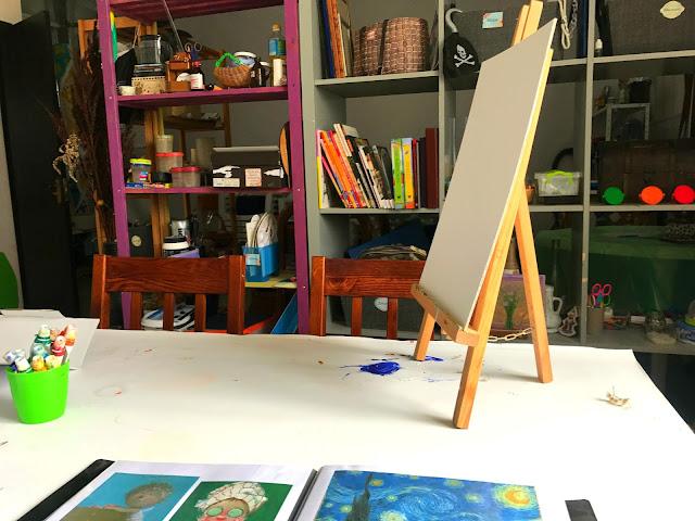 """Индивидуальный мастер-класс по масляной живописи в творческой студии """"Art Game"""" со скидкой через Pokupon"""