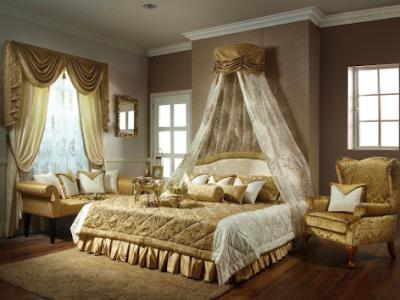 Kamar Pengantin Sederhana Dengan Warna Kuning Emas
