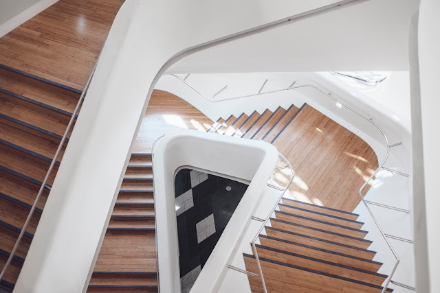 How To Install Oak Flooring On Your Staircase