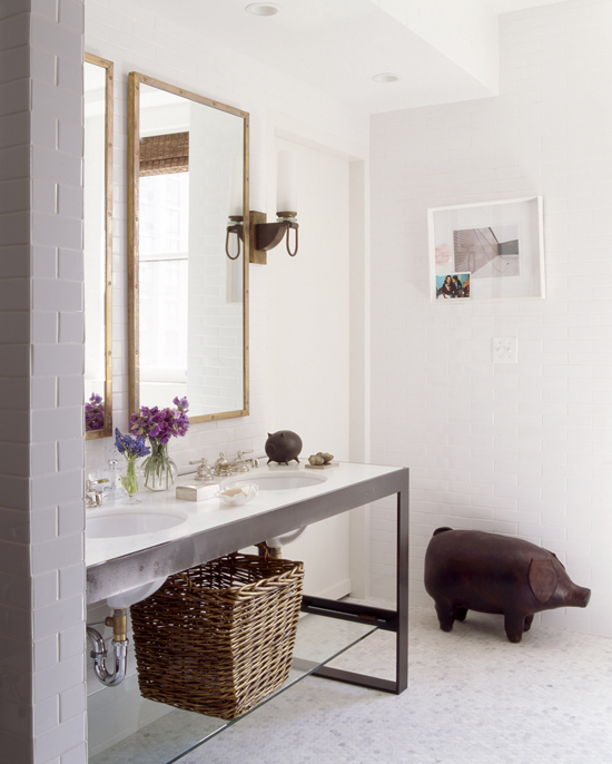 Bright contemporary bathroom by Nate Berkus