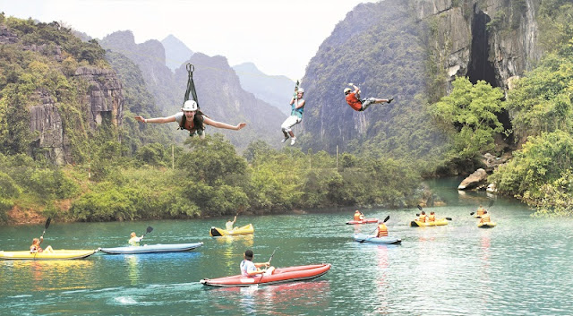 Great places to go kayaking in Vietnam 3