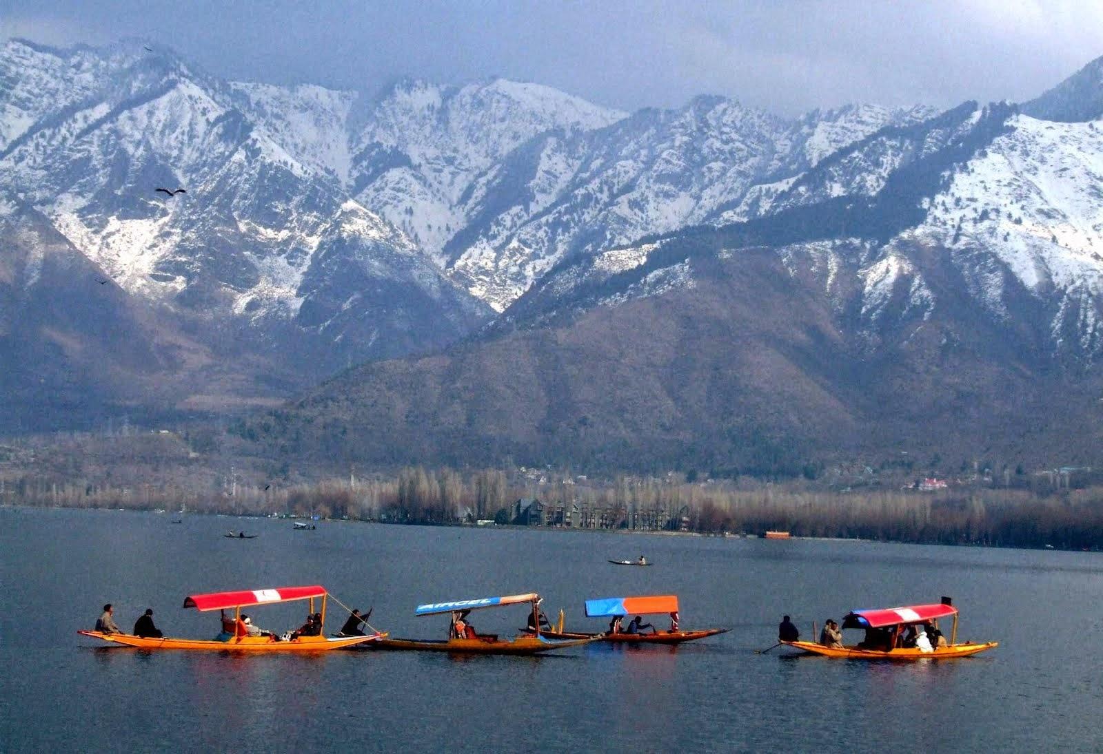 Discover India: How to Reach Dal Lake , Srinagar , Jammu & Kashmir