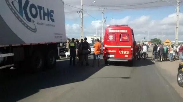 Acidente de transito deixa policial ferida em Petrolina-PE