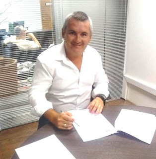 Prefeito Geraldino Júnior assinou convênio para  a requalificação turística da orla do mar pequeno