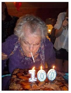 Funny Birthday Images , funny moments birthday, majedar tasveeren