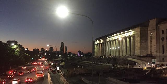Facultad de Derecho de La Universidad de Buenos Aires at Night